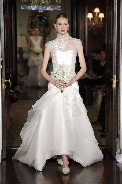 Suknia ślubna z domu mody Carolina Herrera