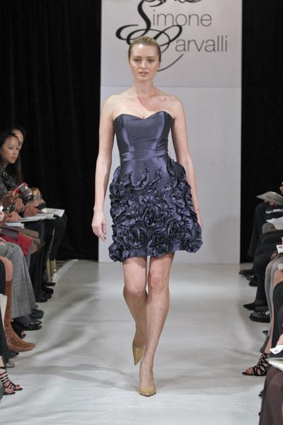 Sukienka Simone Carvalli