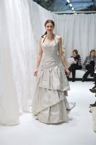 Suknia ślubna - projekt: Ian Stuart