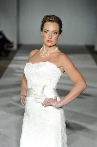 Suknia ślubna CB Couture