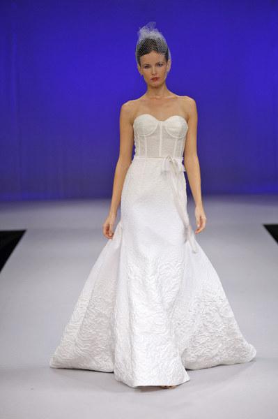 Kolekcja ślubna 2013 Junko Yoshioki