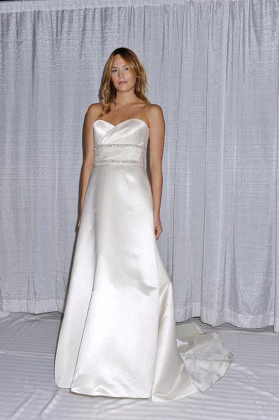 Suknia ślubna Stevena Birnbauma