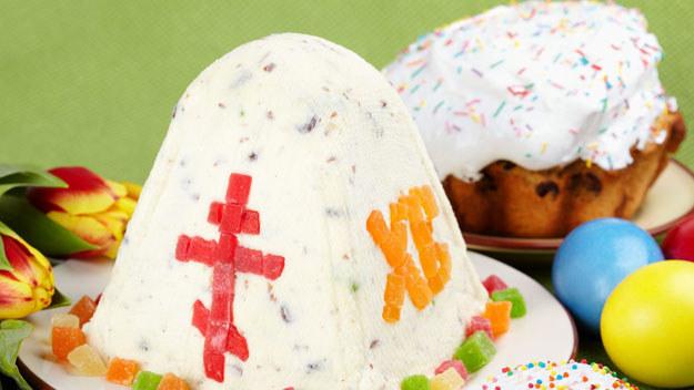 Prezentujemy wam sprawdzone przepisy na wielkanocne słodkości. Wypróbujcie je i przekonajcie się, że nie trzeba wydać fortuny, by przygotować świąteczne potrawy.