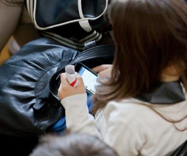 Wynalazek polskich studentów: Test antynarkotykowy... na smartfona