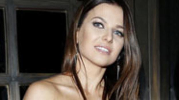 Żona najsłynniejszego i najlepiej opłacanego polskiego piłkarza? To za mało! Ania nie chce żyć w cieniu męża. I dobrze wie, jak budować karierę. Przyglądamy się jej sposobom.