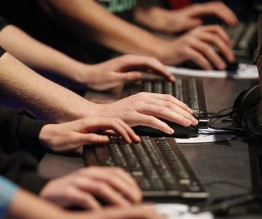 NSA szpieguje wykorzystując słabe punkty internetowego oprogramowania