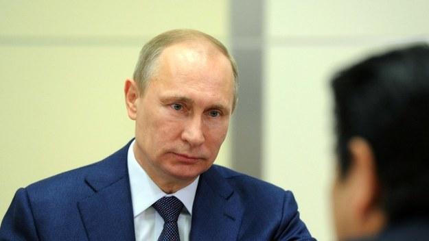 Władimir Putin po raz pierwszy premierem został w sierpniu roku 1999 za prezydentury Borysa Jelcyna, który Putina upatrzył sobie na następcę.