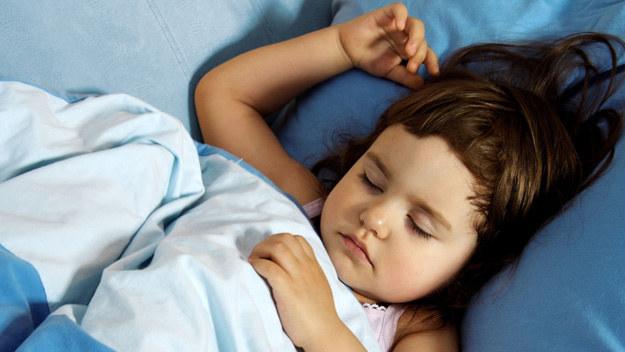 Dzieci, które w wieku 12 lat często mają koszmary lub doświadczają lęków nocnych mogą być bardziej narażone na objawy psychotyczne w późniejszym wieku - informują naukowcy z Uniwersytetu Warwick w Wielkiej Brytanii.