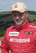 Miki Biasion w zespole Mitsubishi Ralliart w rajdach terenowych
