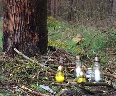 Wypadek w Klamrach: Bawili się przy ognisku. Potem wzięli auto, które stało na podwórku
