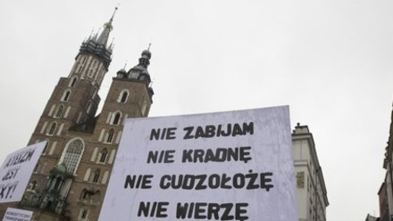 NASZ TEMAT: Jak można być ateistą w Polsce?