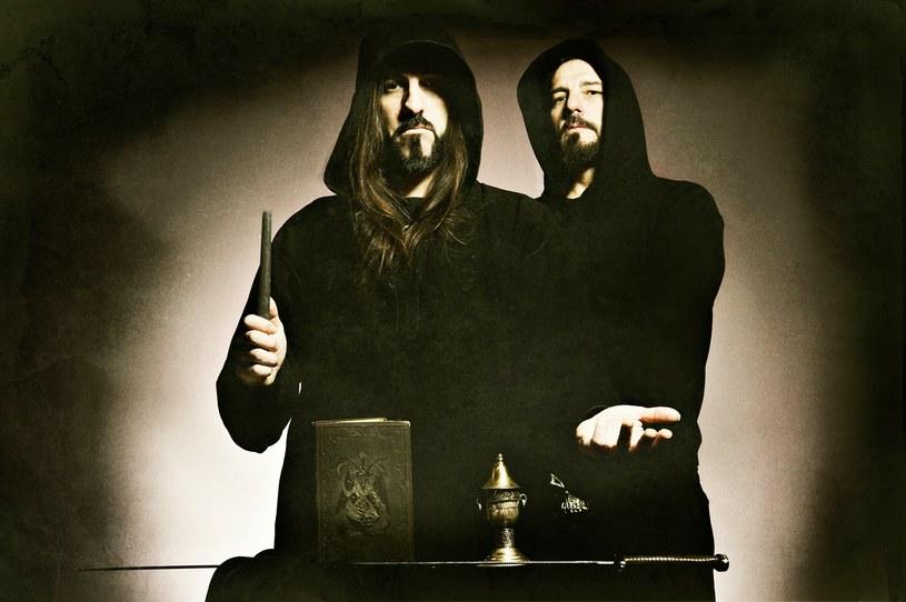 """""""Lucifer Over Athens"""" - Grecy z Rotting Christ postanowili wydać pierwszy w swej długoletniej karierze, oficjalny album koncertowy."""