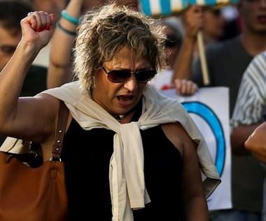 Zamieszki, dodruk drachmy, wyjście z eurolandu... Co się stanie z Grecją?
