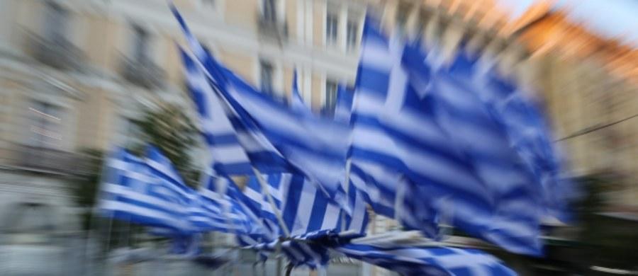 """Grecka komisja wyborcza przeliczyła 100 proc. głosów oddanych w referendum ws. warunków zagranicznej pomocy. Na """"nie"""" głosowało 61,3 proc. wyborców, na """"tak"""" - 38,7 proc."""