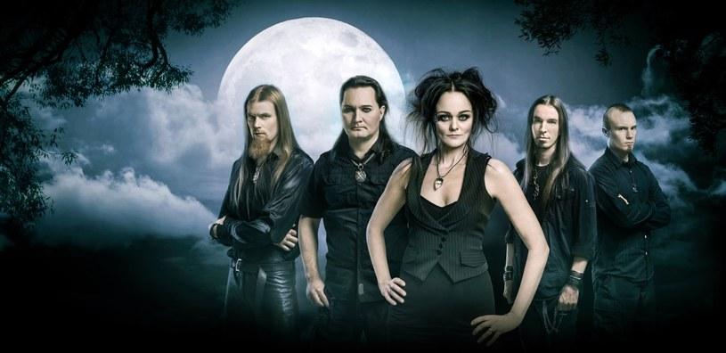 """Fińska formacja Amberian Dawn kończy nagrania nowego albumu """"Innuendo""""."""