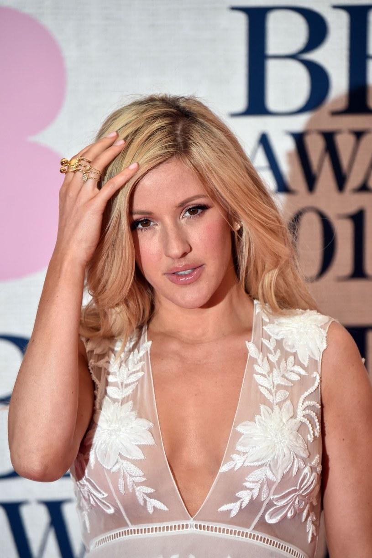 """Po licznych spekulacjach to już niemal pewne, że Ellie Goulding zaśpiewa piosenkę do filmu """"Spectre""""."""
