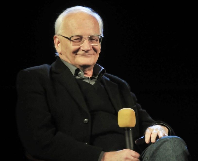 """Jego program """"W starym kinie"""" był telewizyjnym fenomenem. Od kilku lat w """"Kalejdoskopie Polskiego Filmu"""" ujawnia kulisy powojennej kinematografii. Pisze autobiografię i planuje wyprawę z kamerą."""