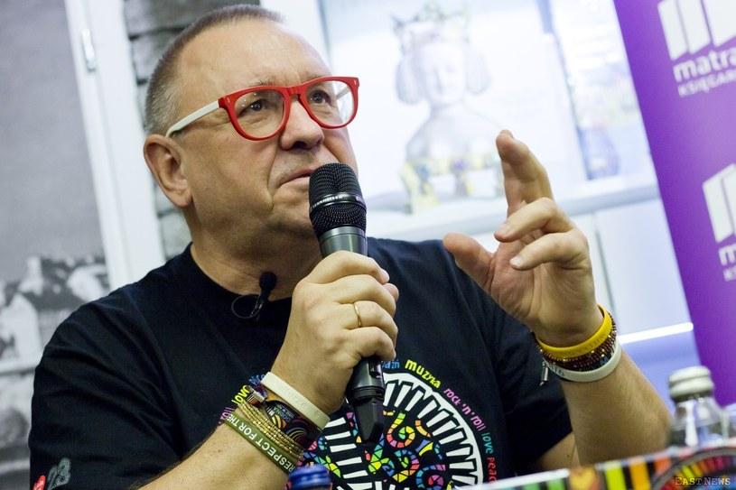 Choć Jurek Owsiak od samego początku podkreśla, żeby każdy Przystanek Woodstock przeżywać na trzeźwo, to przyznał, że od 5-6 lat na tej imprezie pojawiają się problemy z dopalaczami.