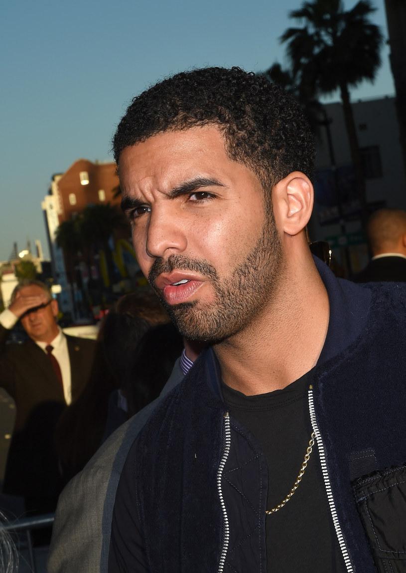 Meek Mill rozpoczął w sieci prawdziwą burzę na temat tego, czy Drake pisze swoje zwrotki, czy też nie.