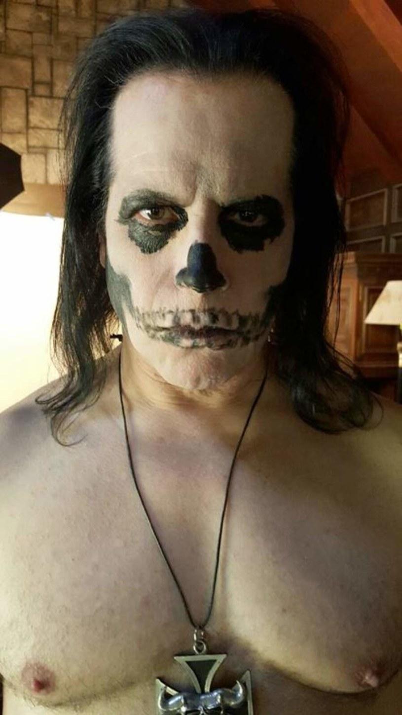 """""""Skeletons"""" - to tytuł nowego albumu amerykańskiej grupy Danzig, tym razem wyłącznie z przeróbkami."""