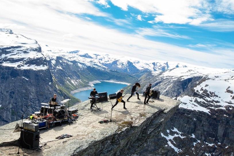 Awangardowa formacja Shining z Norwegii wystąpi na początku listopada na trzech koncertach w naszym kraju.