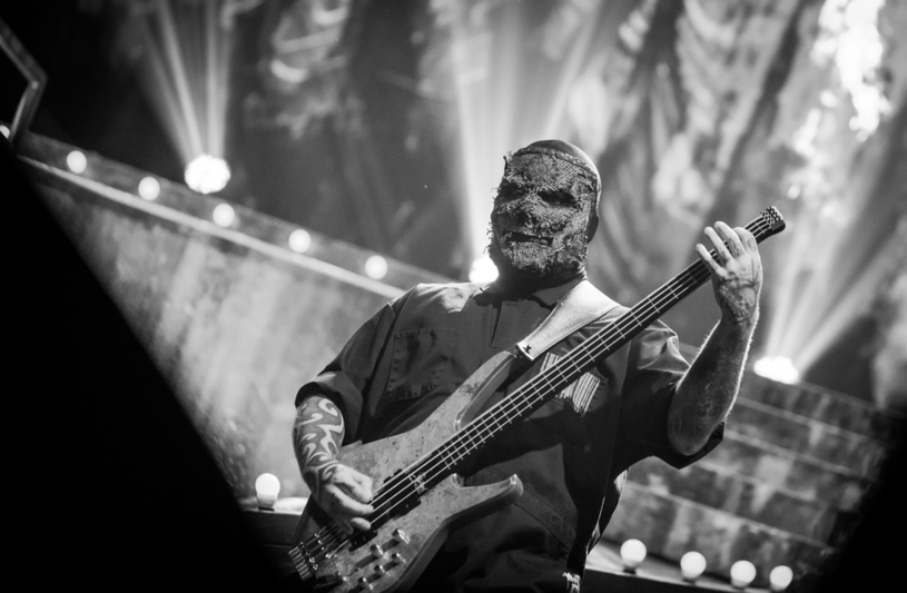 "Alessandro ""V-man"" Venturella, brytyjski basista grupy Slipknot trafił do szpitala podczas koncertu w Hartford w USA."