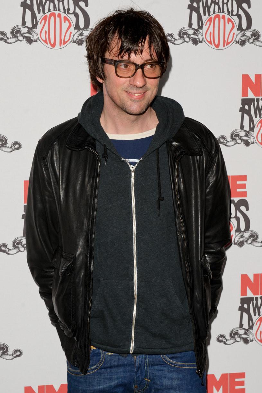 Gitarzysta zespołu Blur nazwał Kanye Westa idiotą i porównał jego muzykę do jedzenia w McDonalds'ie.
