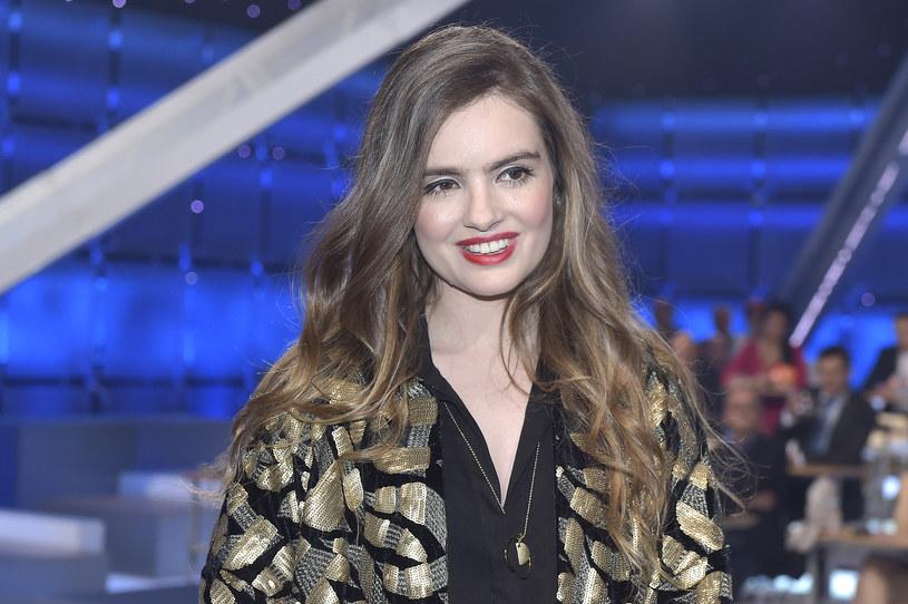"""Maria Niklińska pracuje nad teledyskiem do piosenki """"Jeśli tylko chcesz"""". W wywiadzie dla magazynu """"Co za Tydzień"""" wokalistka zdradziła kilka szczegółów na temat klipu i opowiedziała o swojej debiutanckiej płycie."""