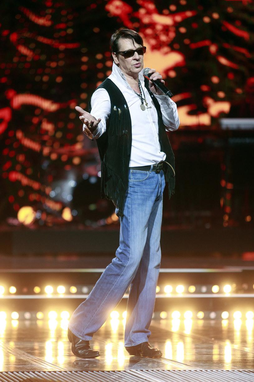 Kolejna wolta stylistyczna w bogatym muzycznym życiorysie Macieja Maleńczuka - wokalista ogłosił, że wspierający go zespół Psychodancing zakończył swoją działalność.