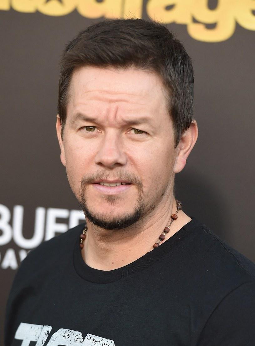 """W najbliższym czasie Marka Wahlberga zobaczymy w roli policjanta z Los Angeles. Aktor znalazł się w obsadzie najnowszej produkcji studia New Line - """"Partners""""."""