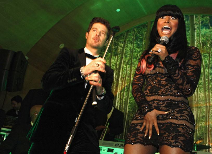Wakacyjny klimat, piękne kobiety i Robin Thicke w garniturze lądujący w basenie - jest już najnowszy teledysk amerykańskiego wokalisty nagrany z gościnnym udziałem Nicki Minaj.