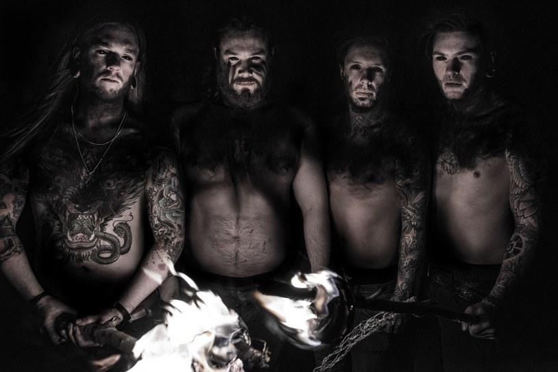 """""""The Unconquerable Dark"""" to tytuł pierwszego albumu angielskiej grupy Black Tongue."""