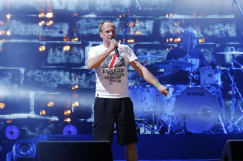 20 sierpnia startuje Cieszanów Rock Festiwal 2015. Jak się okazało, impreza nie obejdzie się bez małego skandalu, gdyż jeden z patronów wydarzenia – Stowarzyszenie Nigdy Więcej – protestuje przeciwko koncertowi Pawła Kukiza.