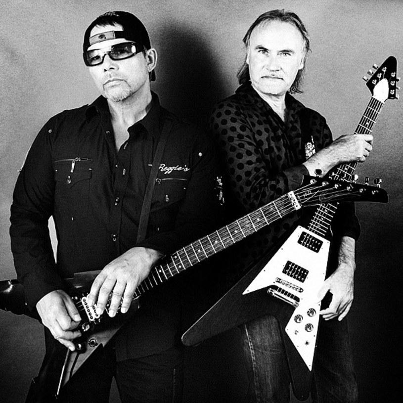 """Legendarni duńscy gitarzyści Michael Denner i Hank Shermann przygotowali wspólny materiał """"Satan's Tomb""""."""
