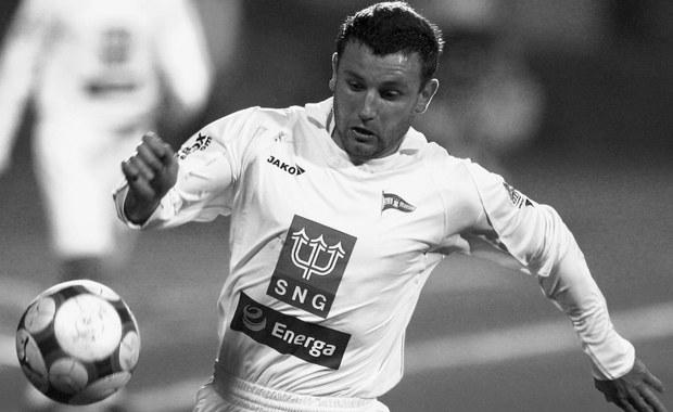 Zmarł były piłkarz Lechii Gdańsk Jakub Zabłocki – poinformował gdański klub na swojej stronie internetowej. Były napastnik Biało-Zielonych miał 31 lat.