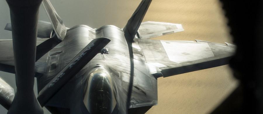 Stany Zjednoczone rozmieszczą w Europie nowoczesne myśliwce F-22 Raptor - poinformowały amerykańskie Siły Powietrzne. Waszyngton chce w ten sposób wesprzeć sojuszników z Europy Wschodniej, którzy obawiają się agresji ze strony Rosji.