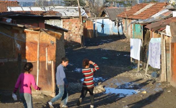 Do strzelaniny doszło w obozowisku Romów we Francji. Uzbrojony mężczyzna zabił cztery osoby, w tym małe dziecko. Trzy osoby zostały ranne.