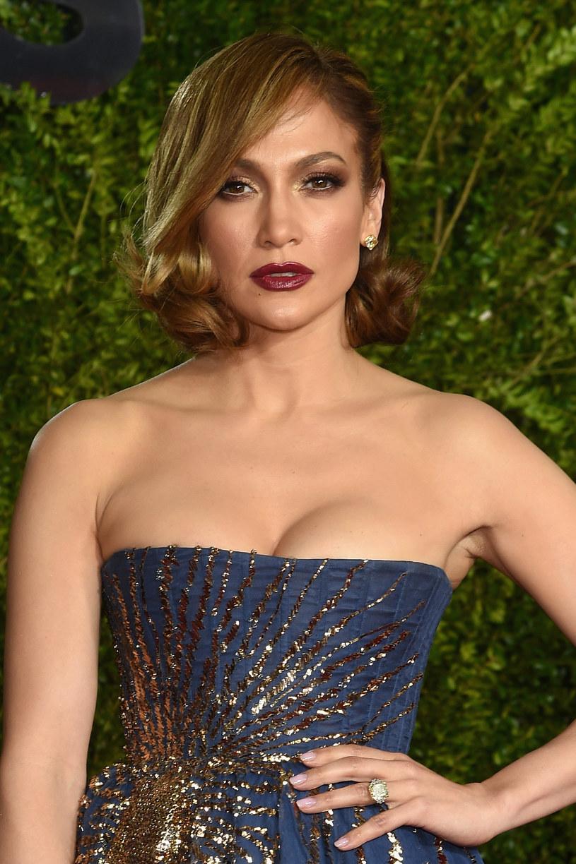 Jennifer Lopez, Shakira i Pitbull pojawią się wśród innych gwiazd, w nowym filmie dokumentalnym Tommy'ego Mottola opowiadającym o historii muzyki latynoskiej w Ameryce.