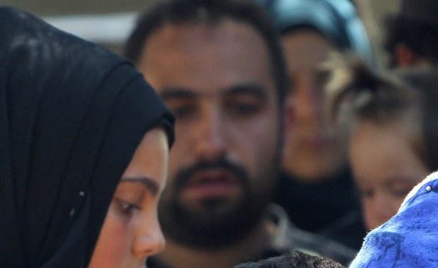 Zwłoki około 50 imigrantów znaleziono u wybrzeży Libii w ładowni małego statku płynącego w stronę Włoch. Na pokładzie było ponad 400 ludzi; uratowano ich podczas operacji prowadzonej przez szwedzki statek i włoskie jednostki.