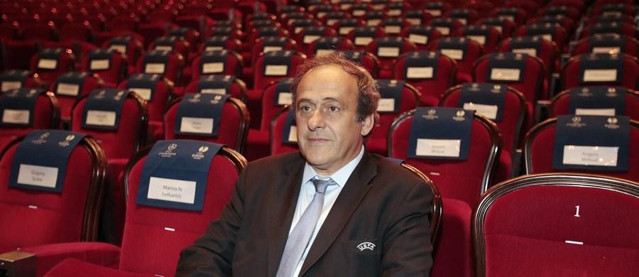 Michel Platini, prezydent Europejskiej Unii Piłkarskiej oświadczył, że nie będzie walczył o reelekcję. Francuz typowany jest na następcę Josepha Blattera w FIFA.