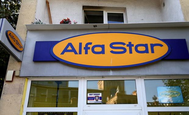 Mazowiecki Urząd Marszałkowski organizuje akcje sprowadzenia do Polski klientów upadłego biura podróży Alfa Star. Te działania utrudnia fakt, że firma nie współpracuje z urzędem i nie przekazuje mu podstawowych informacji.