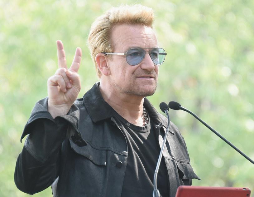 Wokalista i frontman grupy U2 Bono jest obecnie najbogatszą gwiazdą muzyki pop. W pomnażaniu majątku pomogły mu inwestycje w znany portal społecznościowy.