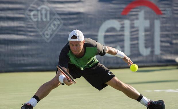 """Australijczyk Lleyton Hewitt w drugiej rundzie wielkoszlemowego US Open, swoim ostatnim w karierze meczu singlowym w Nowym Jorku, stoczył pięciosetowy pojedynek z rodakiem Bernardem Tomicem. """"Wyszedłem wówczas poza granicę bólu"""" - zaznaczył."""