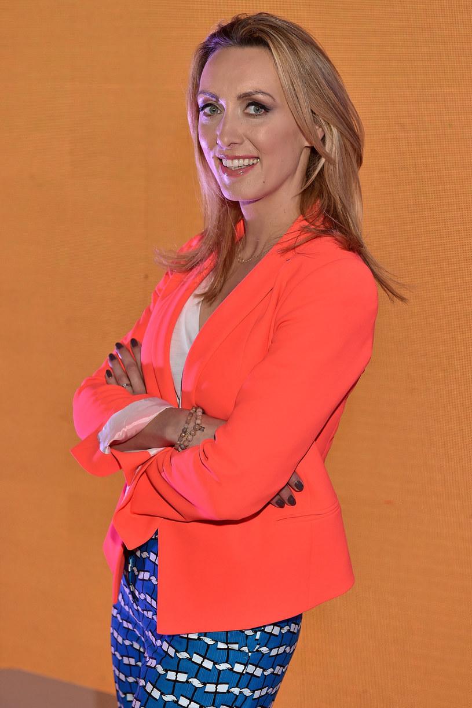 """Zdaniem prezenterki """"Dzień Dobry TVN"""" Anny Kalczyńskiej Jarosław Kuźniar nie będzie musiał zmieniać stylu zachowania na antenie, ma bowiem potrzebną w telewizji śniadaniowej swobodę prowadzenia programu. To ona będzie musiała walczyć, by nie zostać zmarginalizowaną. Jak bowiem podkreśla, były dziennikarz TVN24 jest bezkompromisowym solistą."""