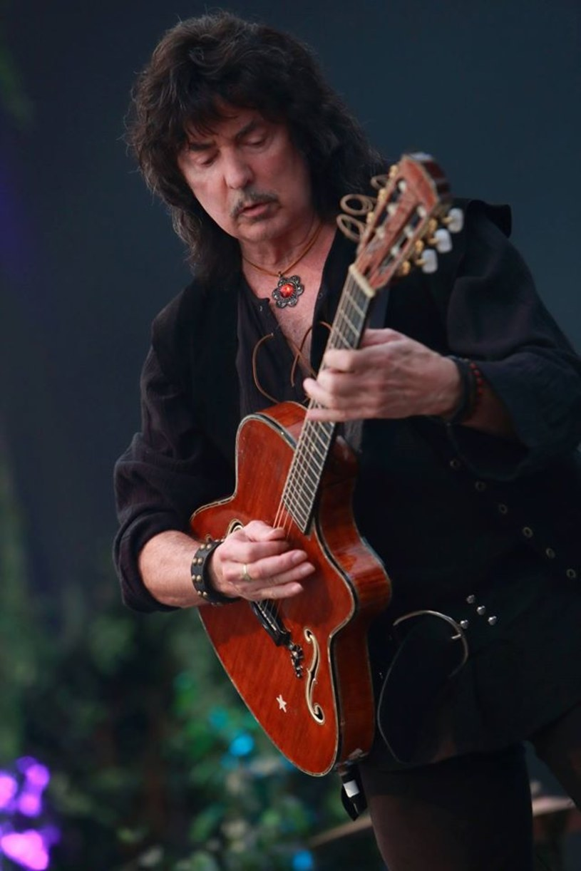 W połowie 2016 roku kilka koncertów szykuje Ritchie Blackmore, były gitarzysta Deep Purple. Wiadomość powinna zelektryzować fanów jego rockowego oblicza, bo nie będą to występy Blackmore's Night z muzyką dawną i folkową.