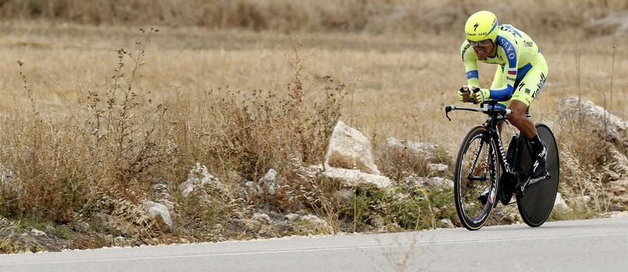 Holender Tom Dumoulin wygrał w Burgos 17. etap kolarskiego Vuelta a Espana - jazdę indywidualną na czas - i ponownie został liderem całego wyścigu. Świetnie spisał się Maciej Bodnar, który na etapie był drugi. Rafał Majka miał natomiast dopiero 17. wynik i spadł w klasyfikacji generalnej z trzeciego na czwarte miejsce.