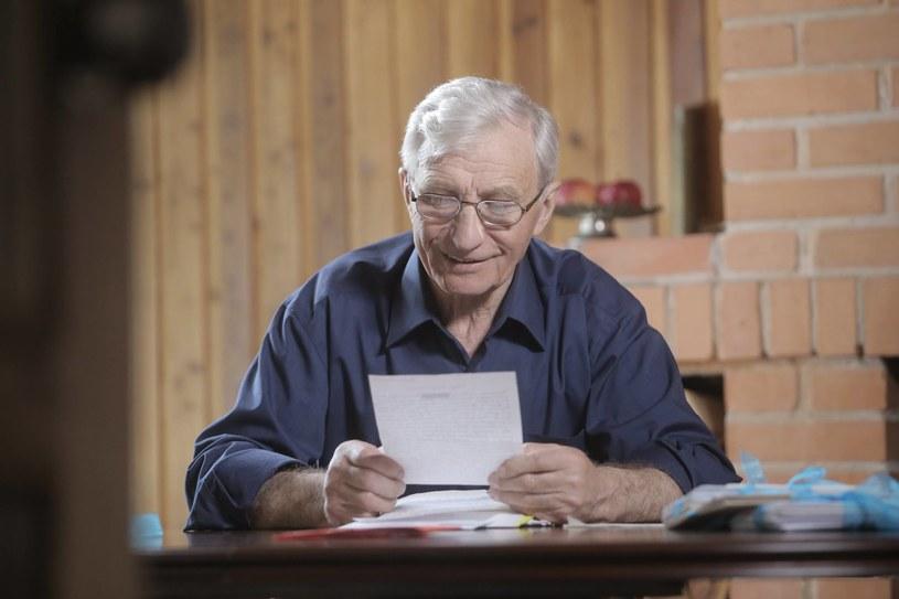 """""""Eugeniusz jest wyjątkową postacią, nie tylko ze względu na swój wiek"""" - mówi o 75-letnim uczestniku programu """"Rolnik szuka żony"""", prowadząca Marta Manowska. Dowiedzmy się zatem, kim jest pan Eugeniusz."""