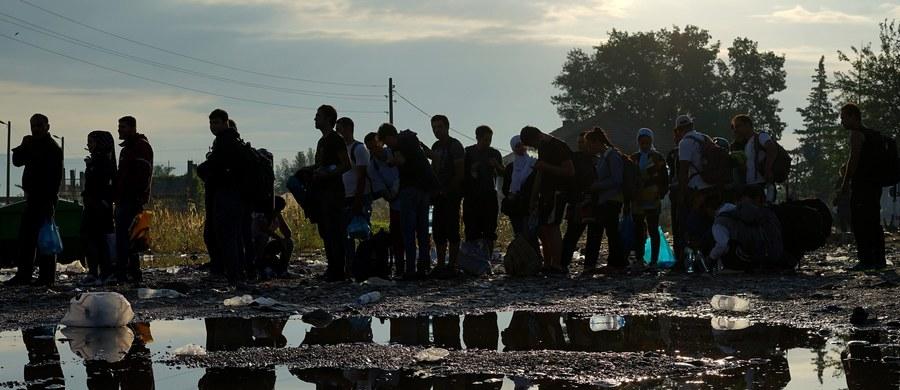 W sobotę ulicami stolicy przejdzie demonstracja Obozu Narodowo-Radykalnego przeciwko przyjęciu przez Polskę uchodźców. Miasto właśnie zarejestrowało zgłoszenie o proteście narodowców - dowiedział się nasz reporter Grzegorz Kwolek.