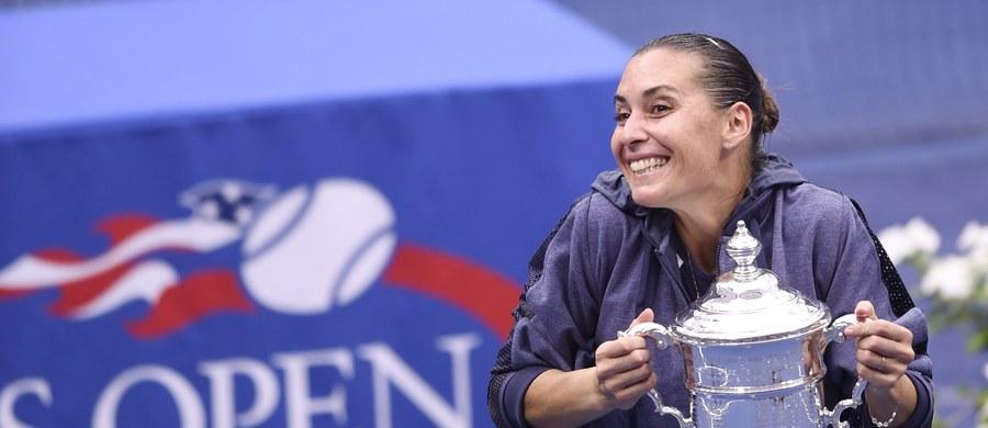 Rozstawiona z numerem 26. włoska tenisistka Flavia Pennetta pokonała swoją rodaczkę Robertę Vinci 7:6 (7-4), 6:2 w finale turnieju US Open. To pierwszy wielkoszlemowy tytuł w singlu 33-latki. Penetta zapowiada zakończenie kariery.
