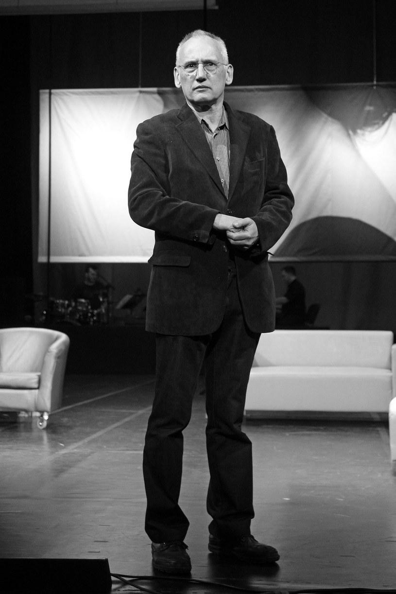 Piotr Cieślak, polski aktor i reżyser teatralny, nie żyje. Artysta zmarł po długiej chorobie w sobotę, 12 września. Miał 66 lat.